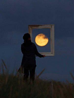 Moon Experiences by Laurent Laveder